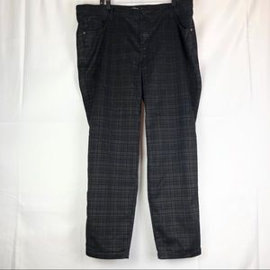 TORRID Women's Size 24R Pants. EUC.